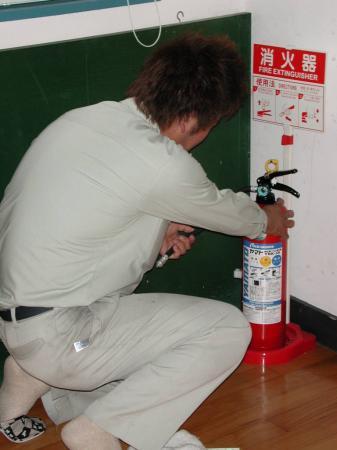 消火器の点検です