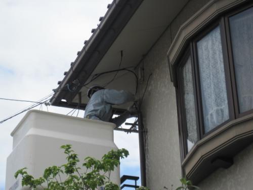 長野INCケーブルテレビを、建物に引き込みます