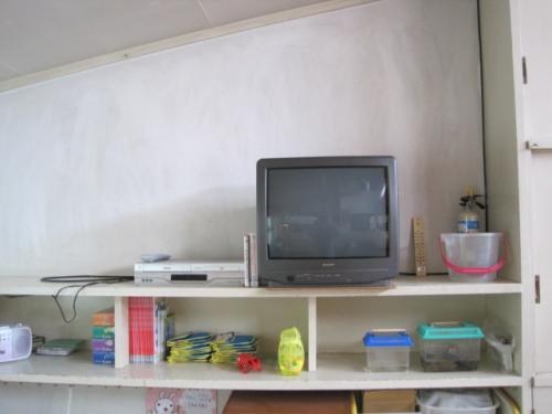 交換前のテレビです