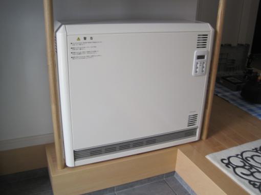 蓄熱暖房器の設置完了です