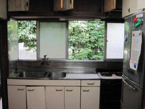 40年間使用した解体前のキッチンです