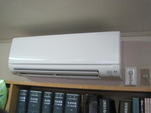 エアコンの取付け工事完了です