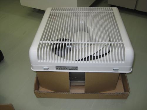 有圧インテリ型換気扇です 普通の換気扇に比べると強力です
