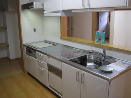 IHクッキングヒーターと食器洗浄器です