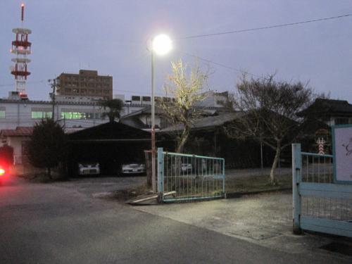 駐車場のLED照明工事完了です