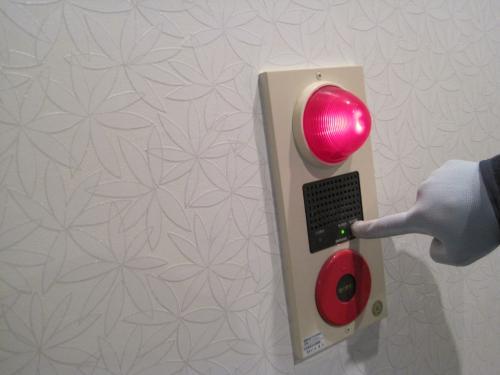停電時でもボタンを押してベルが鳴動します