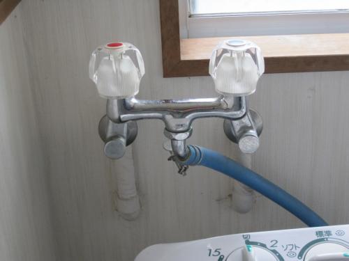 逆止弁なしの混合水洗です