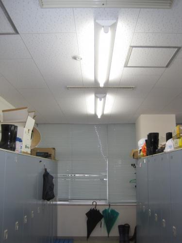 照明人感センサースイッチの工事完了です
