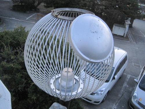 高所作業車でランプ交換をします