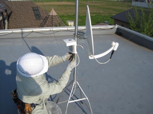 BS/CS 110°アンテナを取付けます