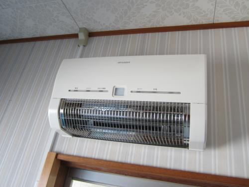 三菱浴室暖房器バスカラットを取付ました