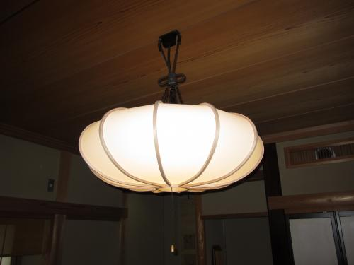 電球色の感じが和室にピッタリだと喜んで頂きました