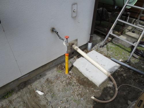 石油風呂釜を撤去してエコベースを設置します
