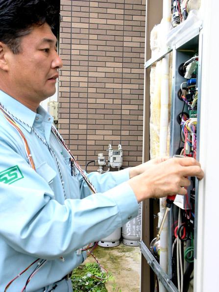 電気温水器の修理09