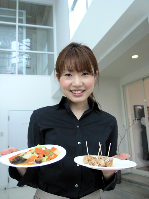ih_cooking_lady