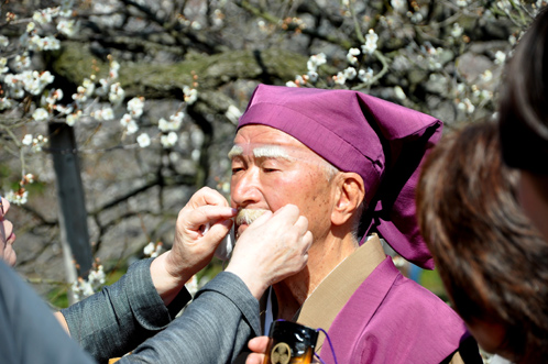 2012年3月27日の偕楽園・梅は8分咲きでほぼ満開09