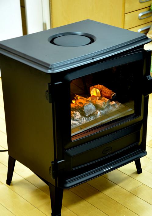 ディンプレックスの電気暖炉ピアモント02