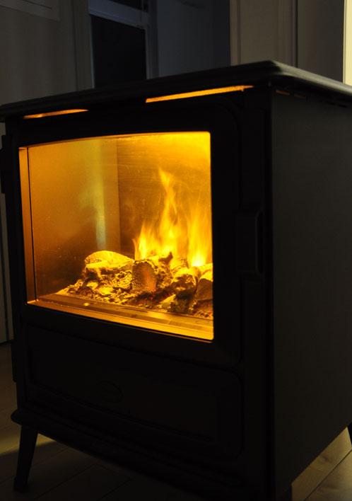 ディンプレックスの電気暖炉ピアモント05
