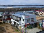 当店の屋根に太陽光を設置しました。